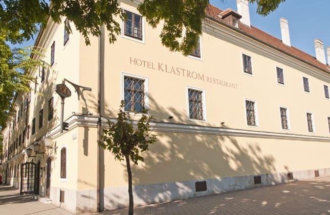 hotel_klastrom